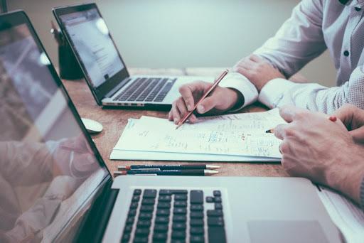 Pourquoi devriez-vous engager un expert comptable à Ixelles pour votre startup ?